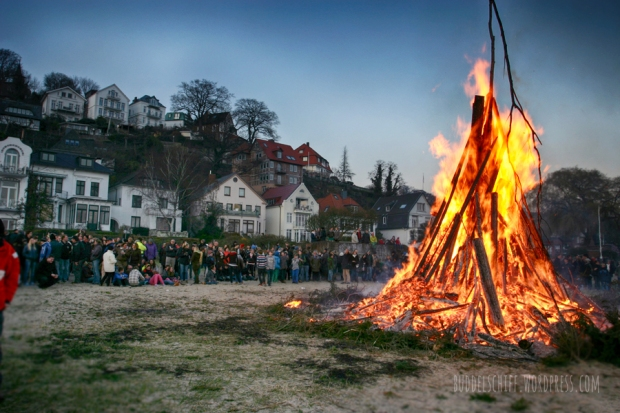 Osterfeuer-Hamburg-2